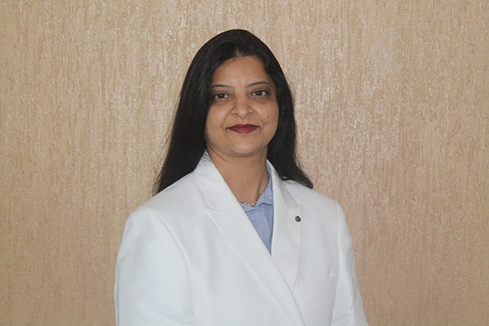 tejal shah, ear, nose, throat surgeon, tonsil, sinus, eardrum puncture, ear infection, deviated septum, migraine, cough, common cold tratment
